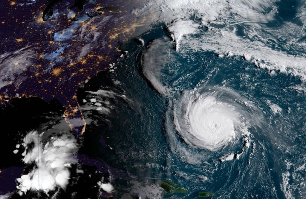 The Best 5 Tips How to prepare and stay safe during Hurricane Florence